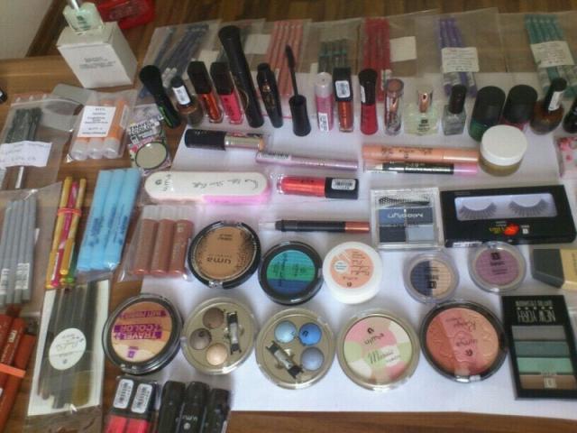 Kosmetikartikel Großhandel: Kosmetik Made in Germany (D) Basic