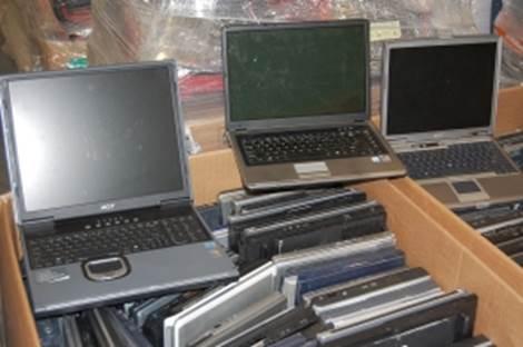 NEUER Posten Notebooks Laptop Hp,Dell,Toshiba Sonderposten mix ungep. Retour Computer