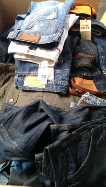 Textilien Großhandel: Diesel, G-Star, Replay, Levis, Jack & Jones, LTB, Only, Vero Moda und weitere bekannte Marken Jeans