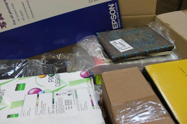 Papier- und Büroware Mischpaletten: Druckerpapier, Hefte, Notizbücher usw.: Verkaufspreis: 10% vom Marktpreis