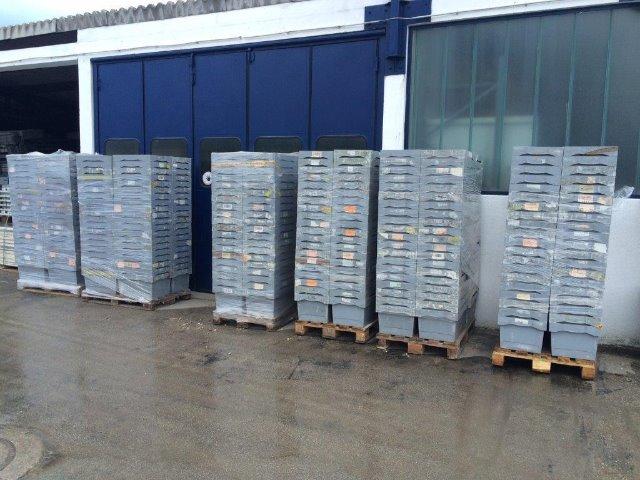 Betrieb und Lager Großhandel: 500 Stk. Kunststoffkisten grau ineinander stapelbar, grau,  siehe Bilder Maße 60x40x30 cm (LxBxH)