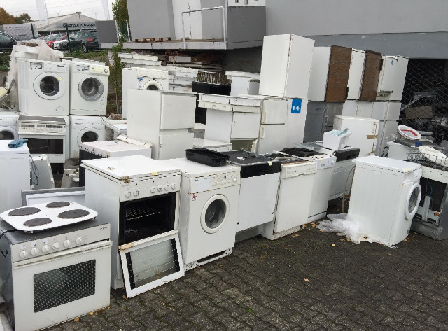 Altgeräte, C-Ware Kühlschrank, Waschmaschine, Spülmaschine, Backofen
