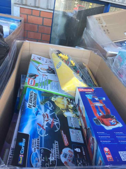 Top preis 32 Pallette Spielzeug Retourware Resposten Marken Ware Toys Fisher Price V tech Lego Playmobil Barbie Disney