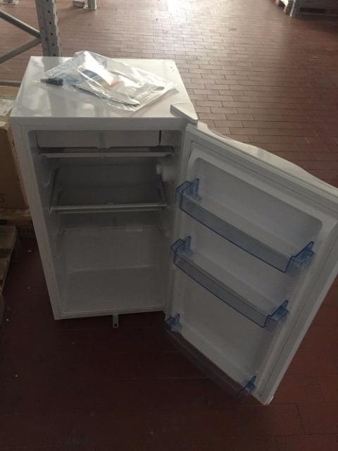 Retoure Messe- und Retouren Küchengeräte Haushaltsgeräte Kühlschrank, Heissluftfritteuse, Wasserkocher, Brotbackautomat uvm. (geprüft, funktionsfähig)