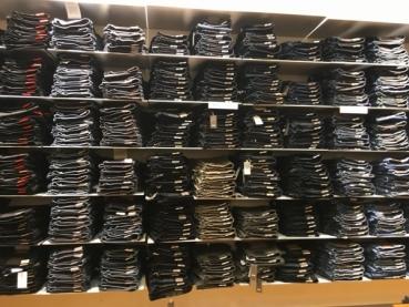 Jeans – Insolvenzware – Damen & Herren