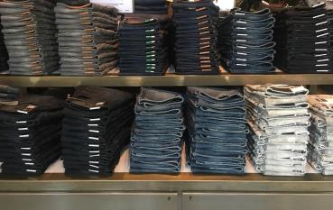 Marken – Jeans – Damen & Herren
