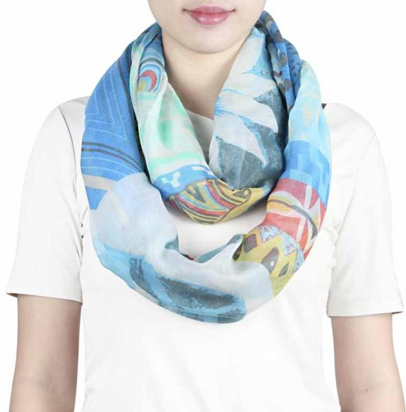 Loop-Schal with flowers, geometrical patterns and lines in blue, mint green and red