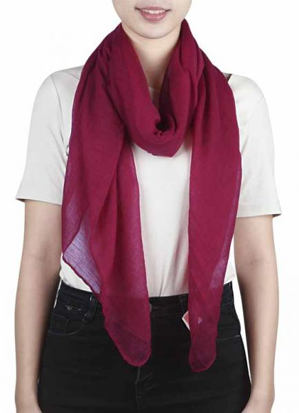 Monocolor scarf in wine red