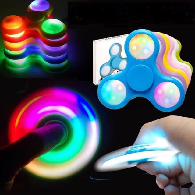 LED Fidget Spinner Hand Finger Spinner Anti Stress Konzentration Kreisel Spielzeug Toy ADS ADHS