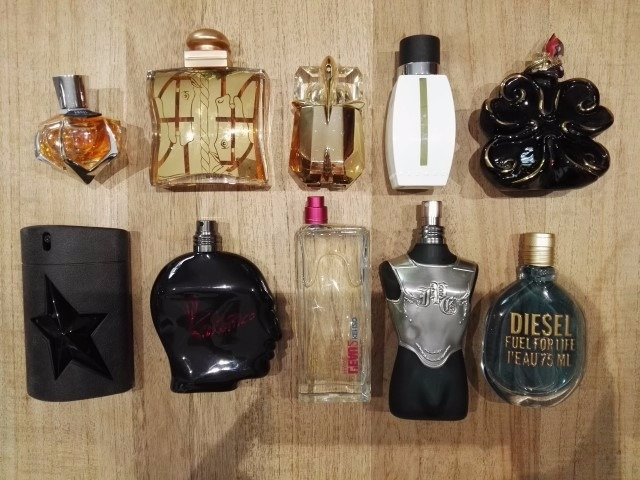 Perfume TESTER mix on offer to export New and unused