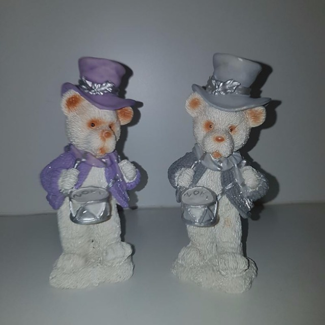 Poly Bär, Deko für Weihnachten, Geschenk ca. 14 cm grau, violett