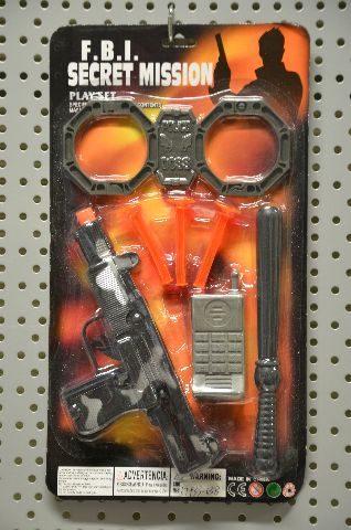 Secret Mission Aktion Set mit MP Pistole, Schlagstock, Handschellen und 3 Dartpfeilen