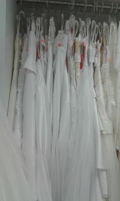 Brautkleider, Standesamtkleider Posten 25 St