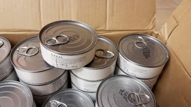 Thunfischstücke in Öl / Thunfischstücke in Wasser Tuna pieces in oil/ Tuna pieces in water