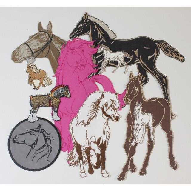 10 x Aufnaeher Set Pferd 5 x Rueckenaufnaeher + 5 x kleinere