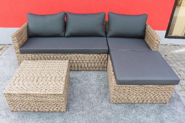 Gartensofa L-Form inkl. Tisch und Auflagen