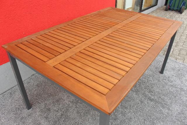 Gartentisch Eukalyptusholz 160x100cm