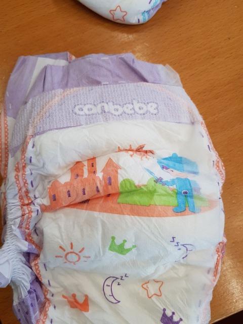 Baby Windeln in Ballen // Baby Diapers in Bales made in Algeria