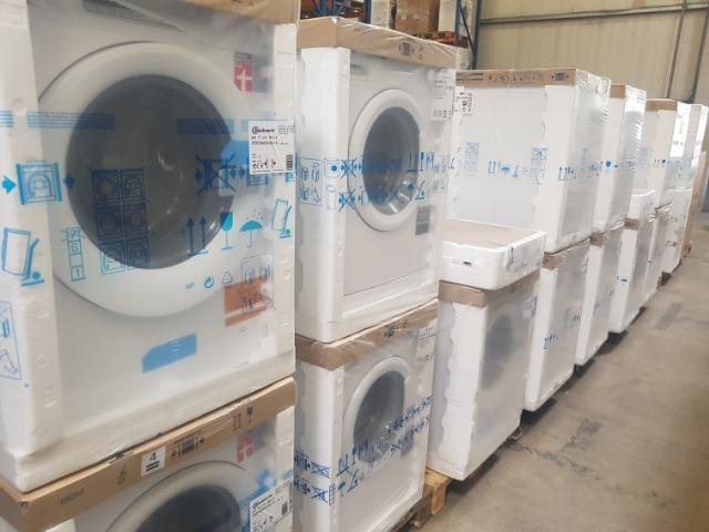 Neuware Bauknecht Posten Waschmaschine Trockner Geschirrspüler Of en