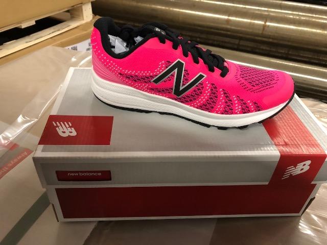 Marken Schuhe Adidas, Puma, North Face, Asics - Restposten Size 19-41
