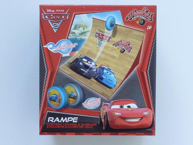 Dickie Spielzeug, Disney Cars Wheelies Jump Ramp, Rampe inklusiv 2 Wheelies, es lassen sich coole Stunts vollbringen