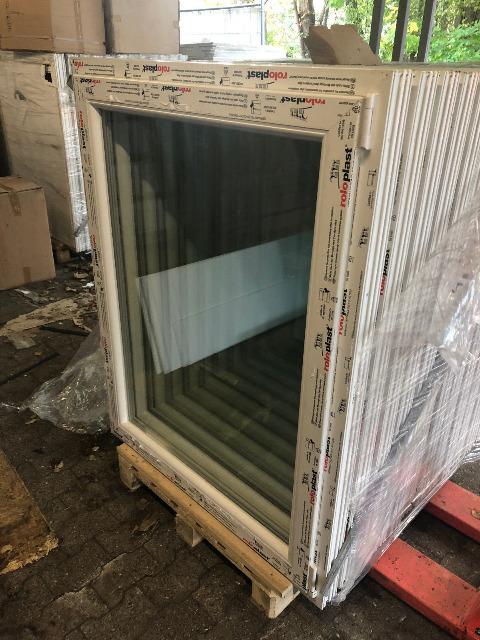 Kunstofffenster 105x135x7cm Neu von Roloplast