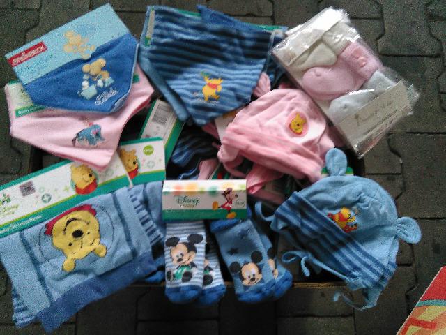 Kinder Mix Kleidung Frozen,Star Wars,Hello Kitty , WInnie Pooh, Mickey Mouse,Paw Patrol,Walt Disney,Steinbeck.. etc