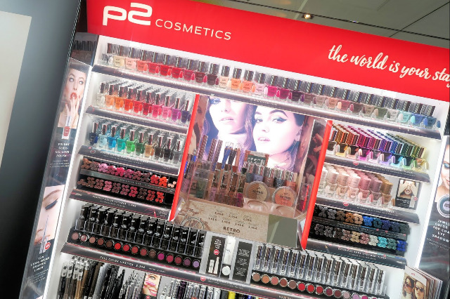 P2 cosmetics Make up Makeup Lippenstift lipstick mascara Nagellack nail lacquer polish Powder Lidschatten Puder