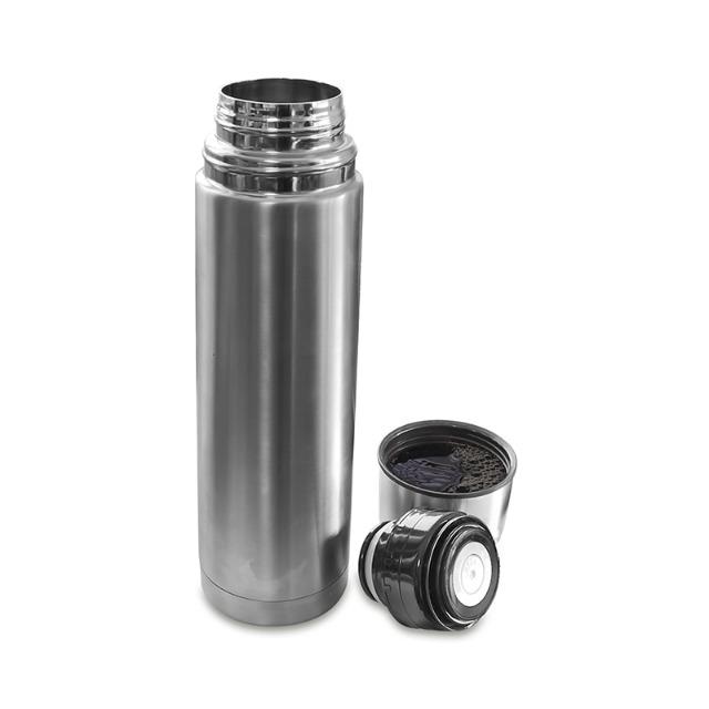 Thermosflasche aus Edelstahl mit 0,75 Liter Fassungsvermögen u. Deckel