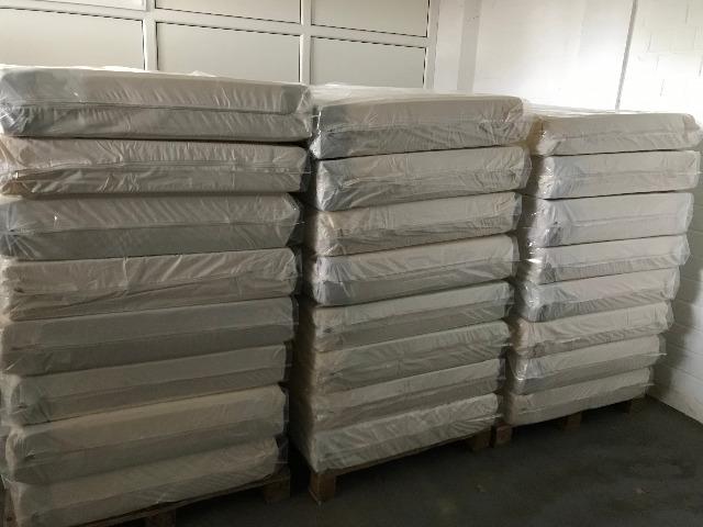 Matratzen 90x200 cm/mattresses 90x200 cm PALETTENVERSAND MÖGLICH!/PALLET DELIVERY POSSIBLE!
