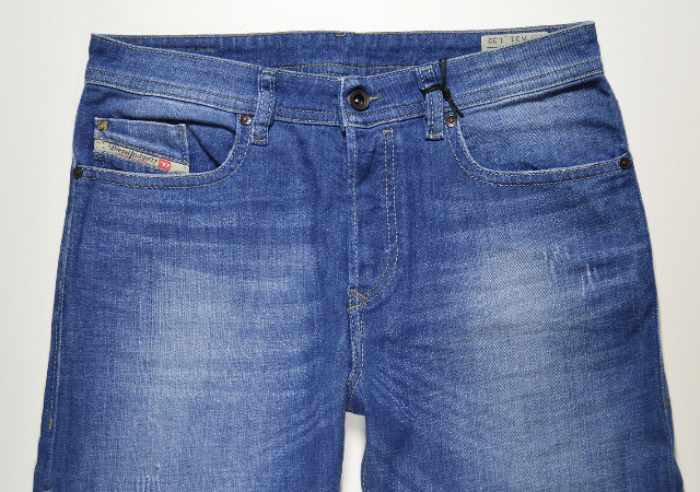 Diesel Buster Regular Slim Tapered wash 0850J Stretch Herren Jeans Hosen 13-1330
